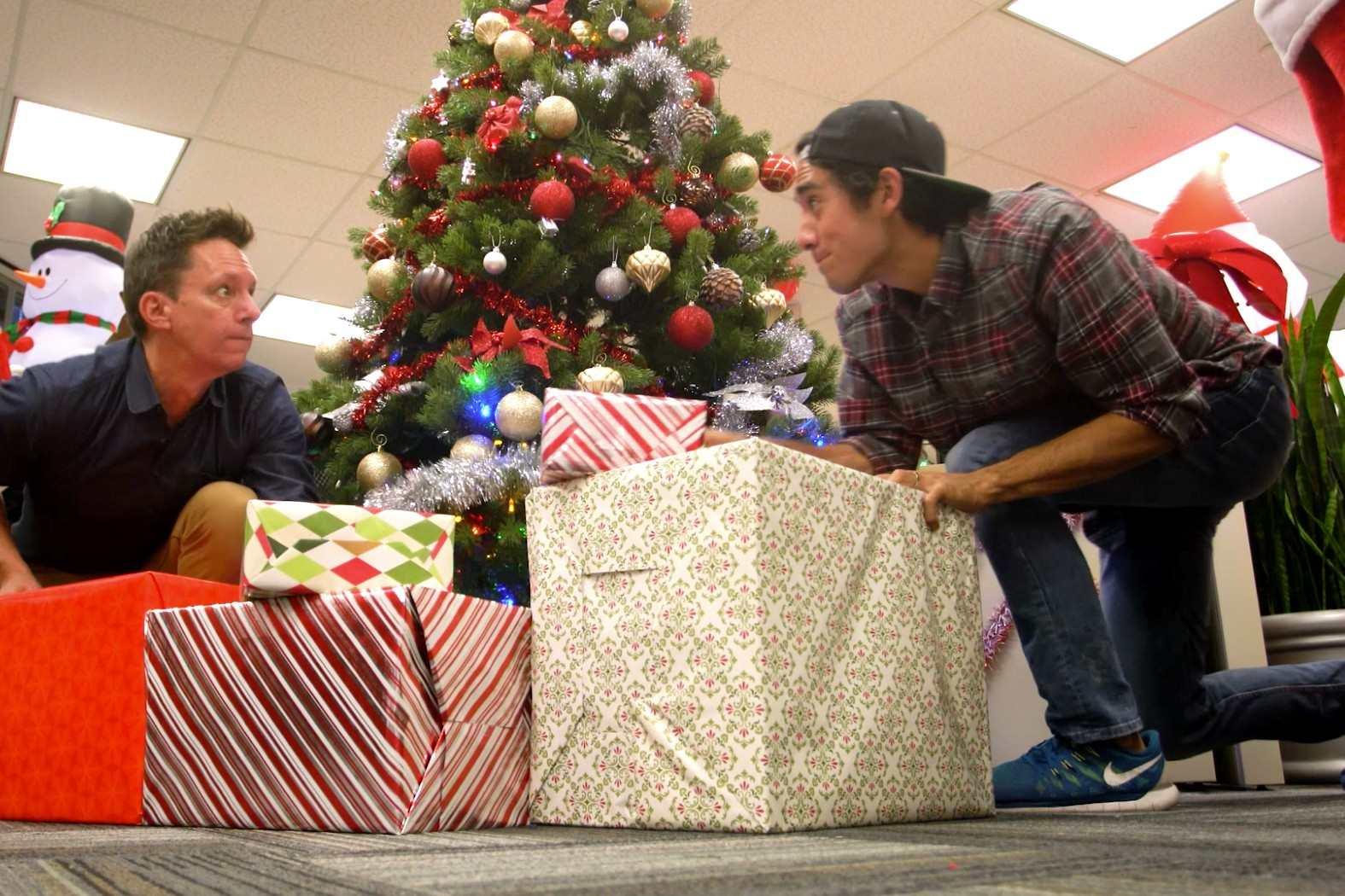 男巫Zach King强势满血归来《克里克的圣诞节前夜》