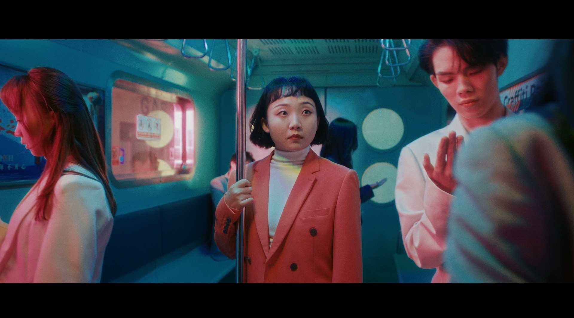 辣目洋子MV《洗澡恰恰》