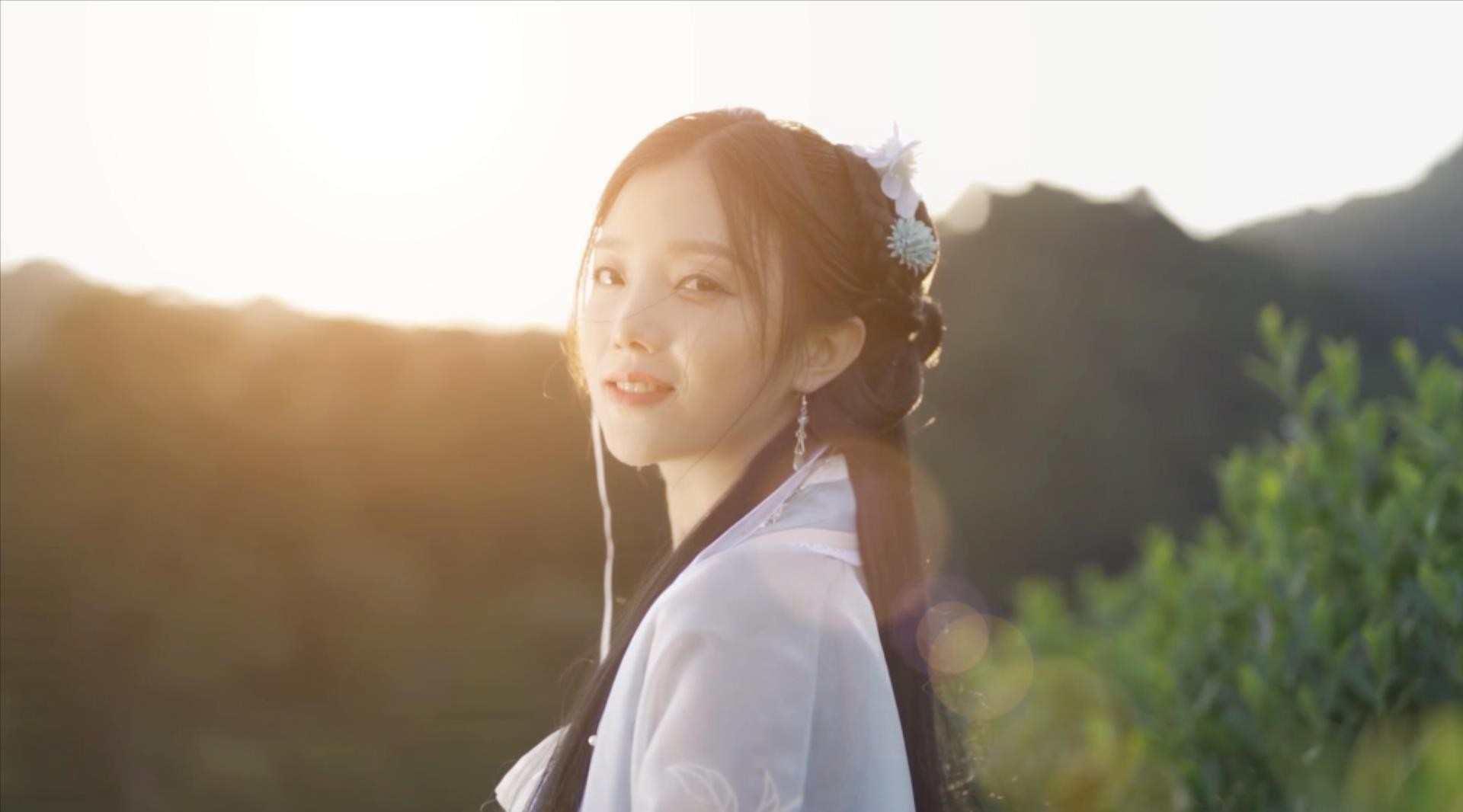 动画《万界神主》同名主题曲MV   真人古风MV